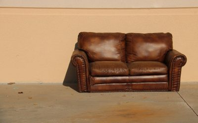 Canapé en cuir : comment le nettoyer et l'entretenir